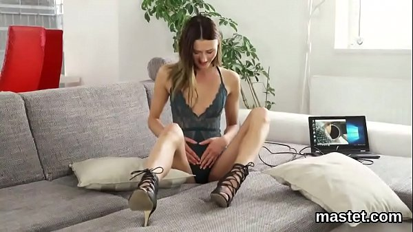 Красивые скромные женщины порно