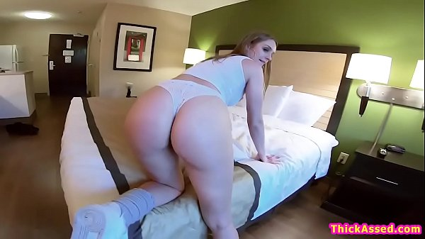 Big ass skatergirl twerking on guys face Thumb