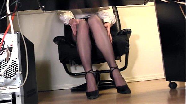 Leggy secretary fingering at the office in nylons Thumb