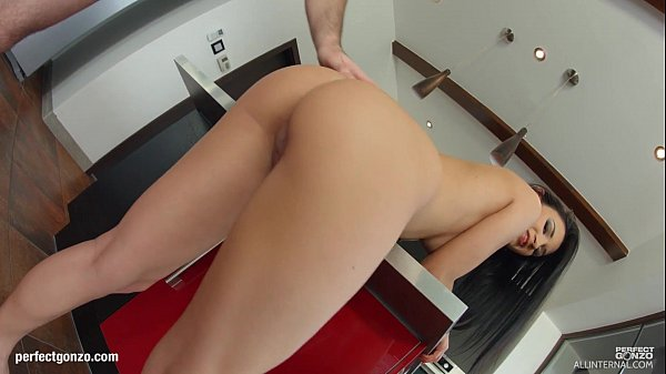 Allinternal Classy brunette gets fucked good in a few positions before recievein