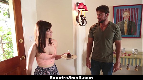 ExxxtraSmall - Petite Teen (Alison Grey) Fucks Her Neighbor Thumb