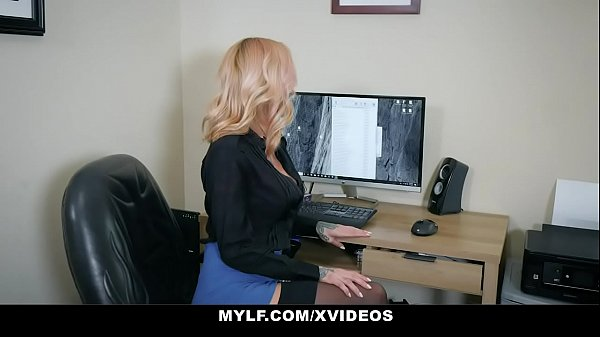 MYLF - MILF Boss (Sara Jessie) Giving Her Favorite Employee A BJ