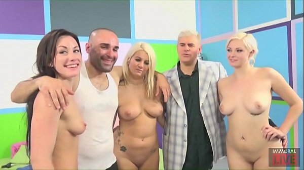 FUCK A FAN with a Lucky Latino and Big Booty Pornstars Jennifer White, Jenna Ivory & Layla Price Thumb