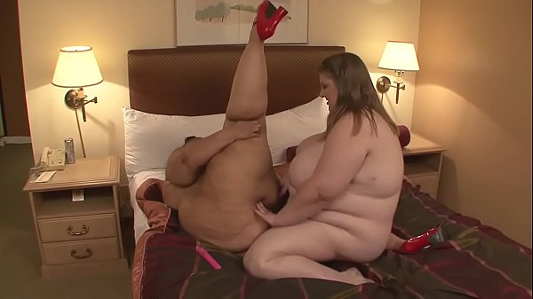 Fat cows fuck the hidden and super horny pussy