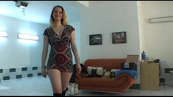 Image Amateur czech chick lapdances in black boots