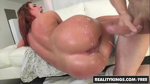 RealityKings - Monster Curves - (Chris Strokes) (Savannah Fox) - Sexy Savannah