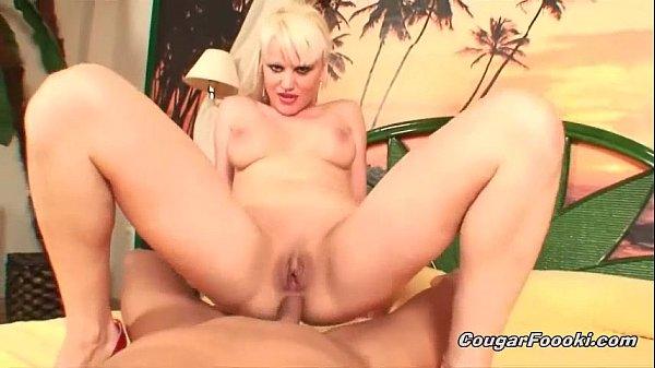 Blonde Latina likes hardcore anal sex Thumb