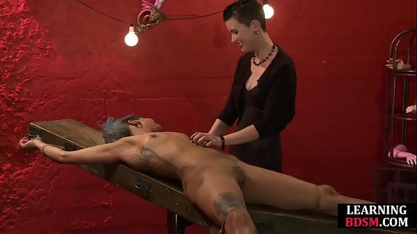 Tickle mistress teaches tourment masterclass