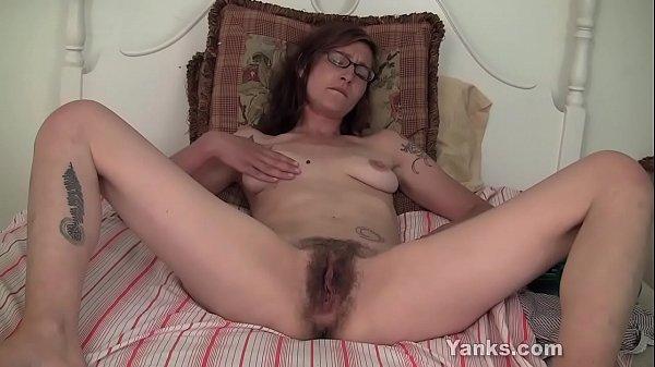 Yanks Tattooed Sylvie Lavine Masturbating