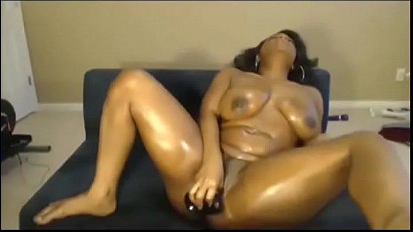 Ebony Maid Solo Online