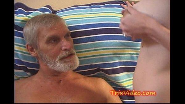 daddy suck her nipples porn