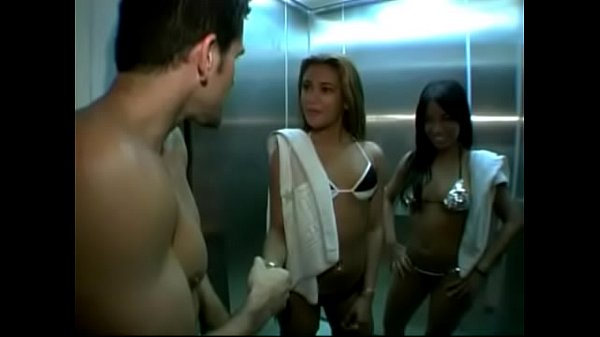 סרטי סקס EVASIVE ANGLES Hot Latin Pussy Adventures 32