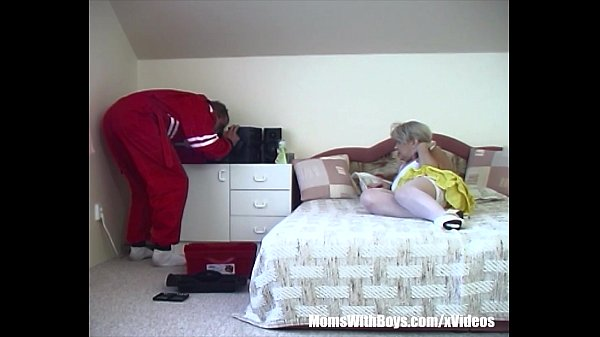 Blonde Old Slut Has Sex With A Russian Repairman Thumb