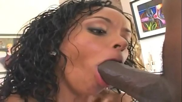 An epic fuck for the nice ass of Mya Lovely