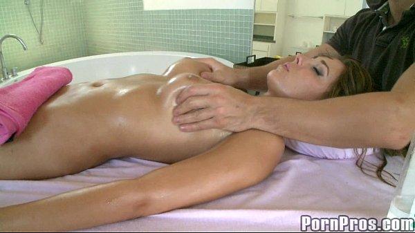 Gorgeus Girl Gets Perverted Massage 3