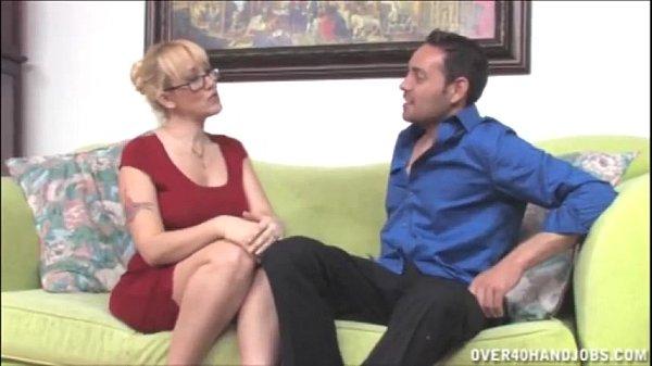 Красивый секс красивых лесбиянок с целками