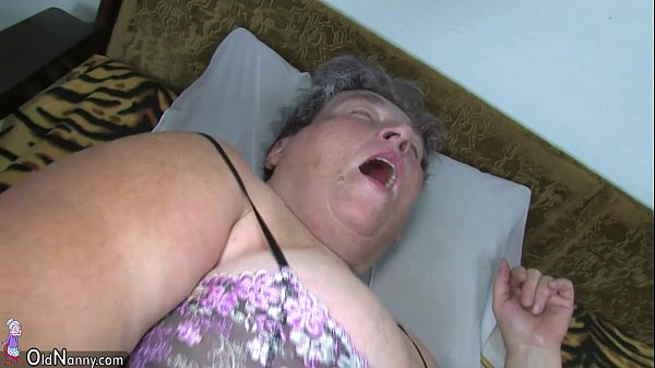 Old chubby mom teaches her chubby y. woman masturbating use dildo