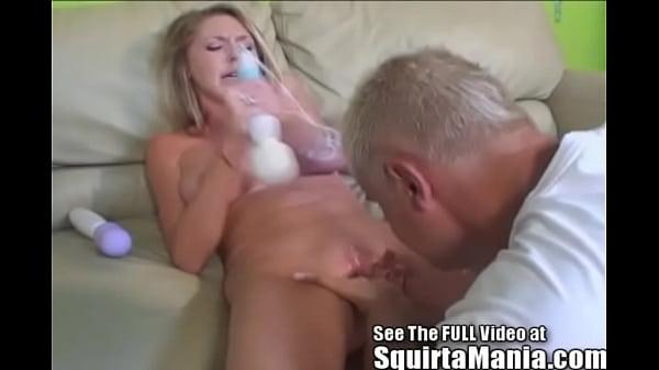 Porn Legend Brynn Tyler Squirts All Over Porno Dan! Thumb