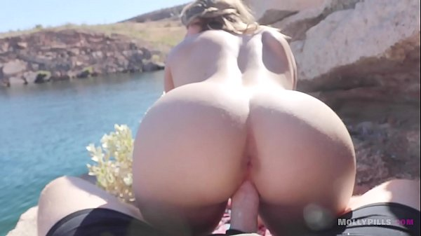 Big Ass Blonde Amateur Teen Rides Cock In Public At The Beach Side