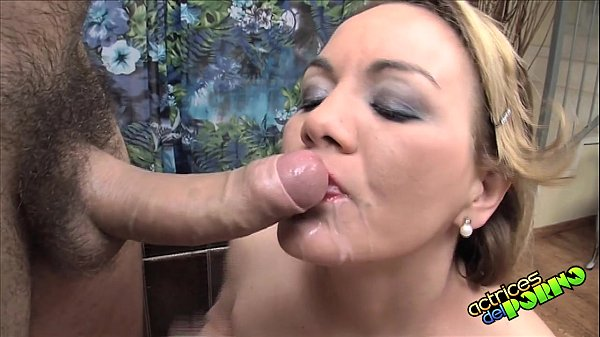 Porno moglie italiana ama lo sperma del marito
