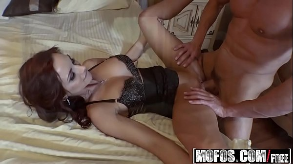 Mofos – Busted Babysitters – (Ashley Sinclair, Kimber Lee) – From Naked Selfies to a Threesome