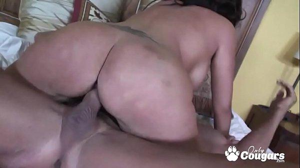 MILF Vannah Sterling Twerks Her Big Chunky Butt On A Hard Dick Thumb