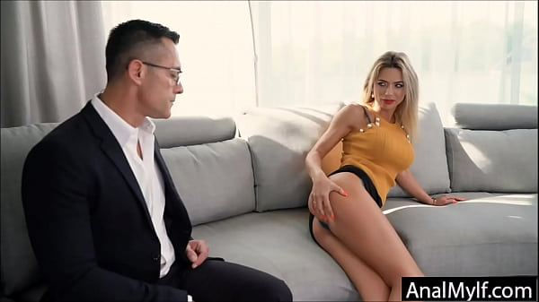 Video porno barare mogli per i debiti dei mariti