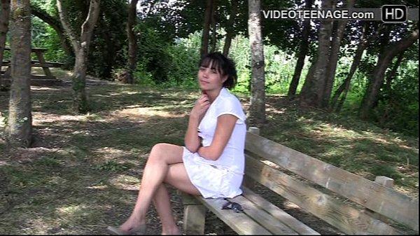 brunette teen Virginie casting