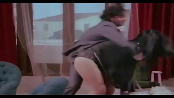 Bolly actress very hot upskirt panty show from old movie