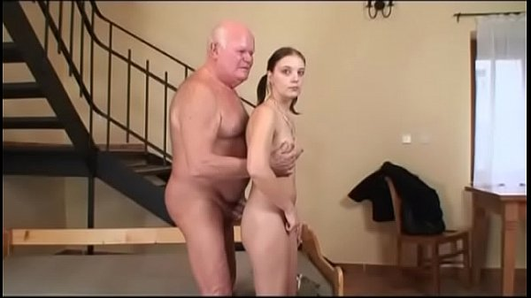 Секс русски девшка бона попу плакает