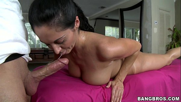 Ava Addams gets Her Body Rubbed Down