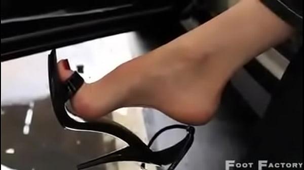 Фото женский сексуалний пальчики на ногах