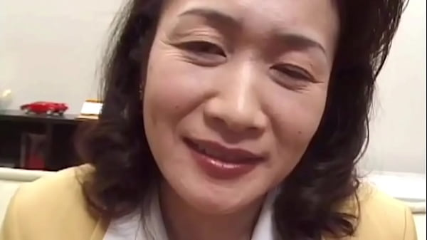 Japanese Housewife Doing Yummy Boom