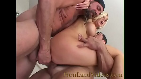 round ass Michelle B anal sex into threesome with big dicks
