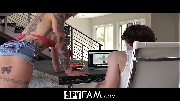 SpyFam Stepmom Anna Bell Peaks anal fuck and creampie by stepson