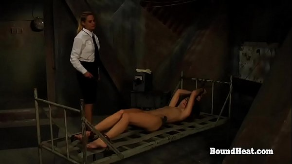 Бдмс пытки смотреть лесби
