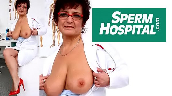 Czech Mom Gabina Is Dirty Nurse