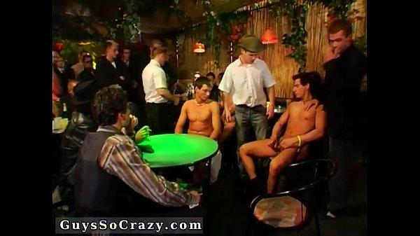 Фильмы про геев и для геев скачать