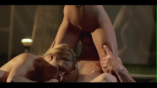Большим членом глубоко порно видео