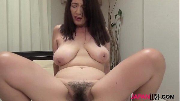 Japanese cougar Kanako Tomoi doggystyle sex