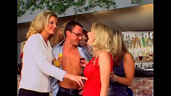 Порно ролики фистинг групповое