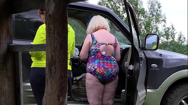 Voyeur outdoors spies on how two mature lesbians make a porn movie. Fat milf with a big ass behind the scenes. Fetish. Thumb