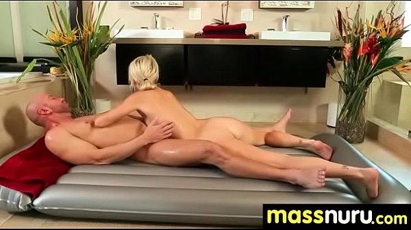 Порно фото где девушки в чулках позируют на камеру на