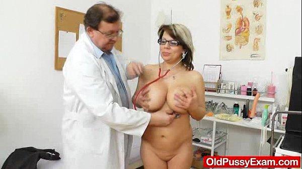 Huge natural melon size titties at obgyn physician Thumb