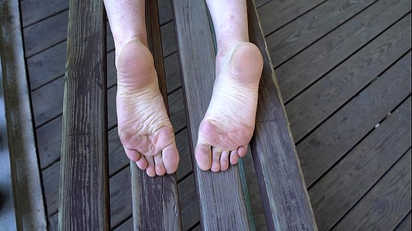 Sexy Smelly Wrinkled Soles Public Video