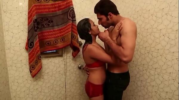 russkiy-porno-film-institutki