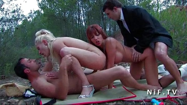 FFMM Two horny babes banged hard in groupsex outdoor Thumb