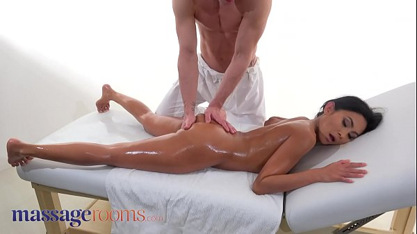 Massage Rooms Tiny Thai beauty Suzie Q covered in cum after hot romantic sex Thumb