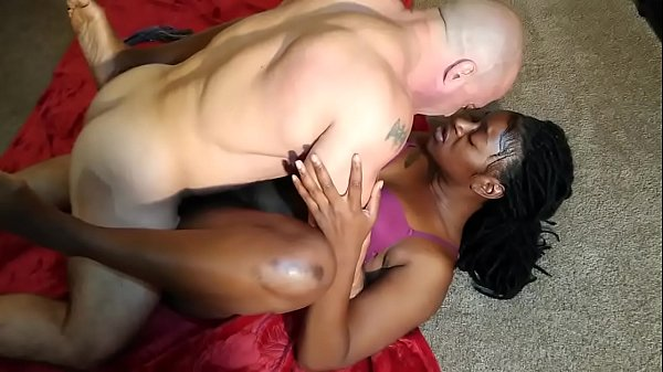 Beautiful ebony I met on Ebonyoo.com fuck and creampie