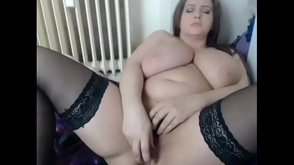 scrumptious fingering herself on live webcam